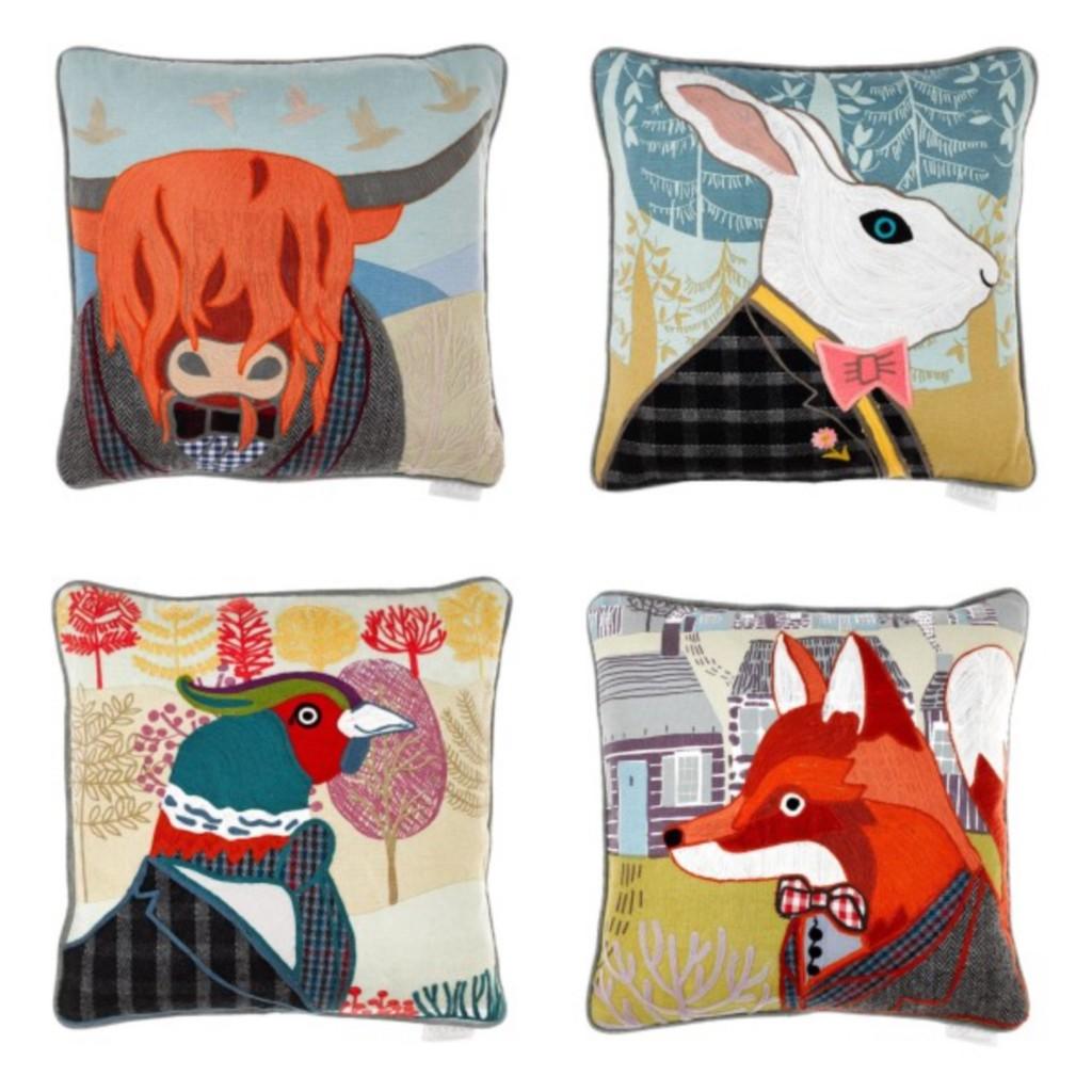 4 appliqued cushions