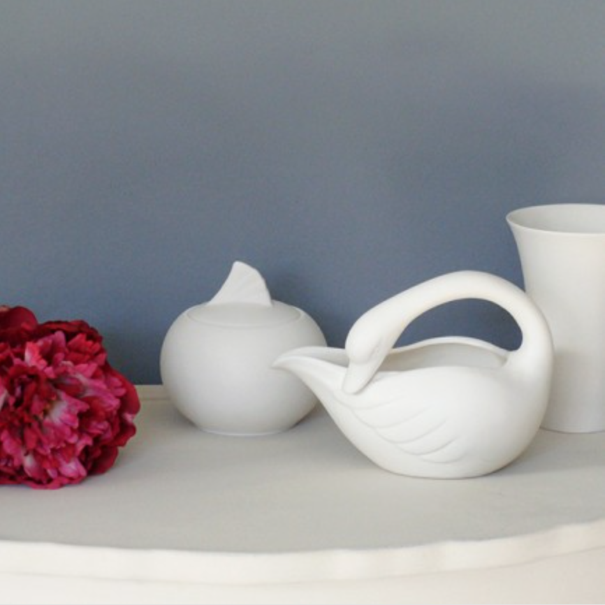 Swan sugar bowl and creamer set £43.95