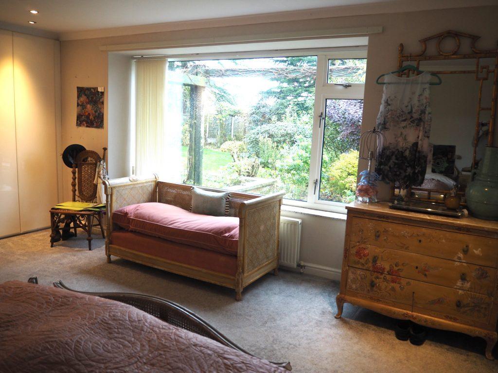 Master bedroom before renovating