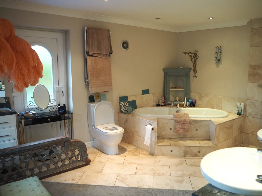 En suite bathroom before renovating